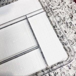 THE CONTAINER STORE • Clear + White Gadget Tray